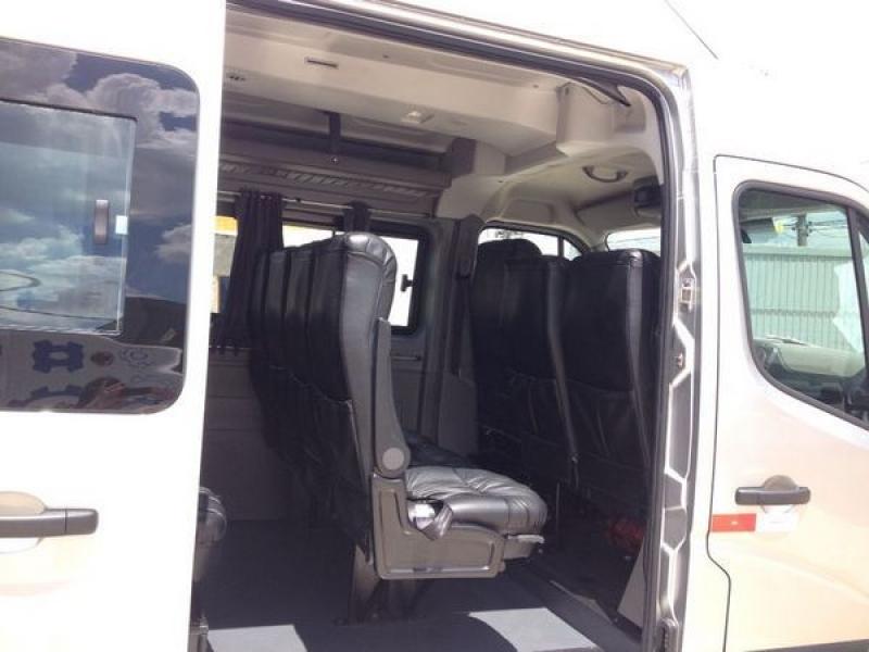 Aluguéis de Vans Preços no Campos Elísios - Van com Motorista