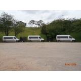 Van para transporte de passageiros na Cachoeira