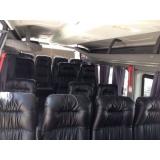 Van para transporte de passageiros no Burgo Paulista