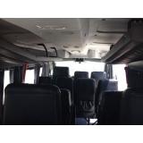 Van para transporte de passageiros no Chora Menino