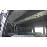 Van para transporte de passageiros no Ibirapuera