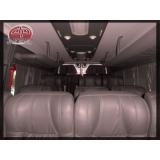 Van para transporte de passageirosna Lapa de Baixo