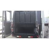 Van para transporte no Campo Belo