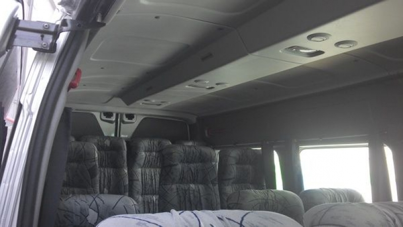 Valor do Aluguel de Vans com Motorista no Jardim Rubini - Translado em SP