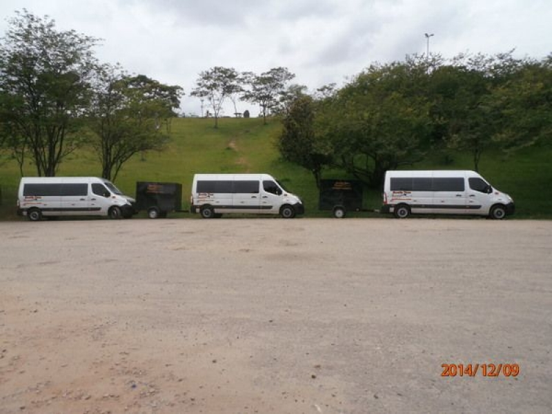 Vans com Motorista para Viagem no Jardim Imperador - Aluguel de Vans para Viagens